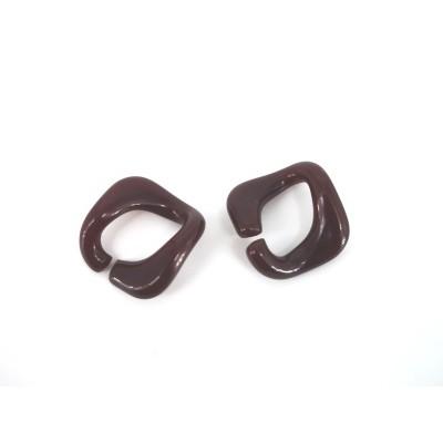 Brown chain links