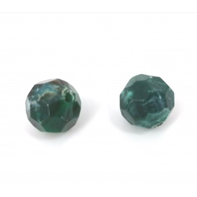 Faceted resin beads.